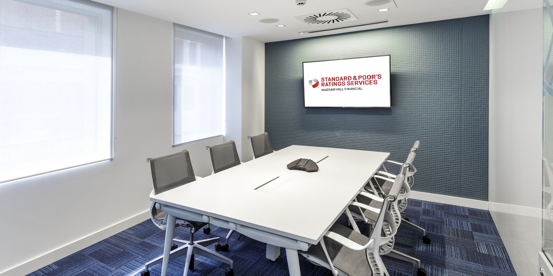 Soluciones integrales en dise o de oficinas y espacios for Oficinas vodafone barcelona