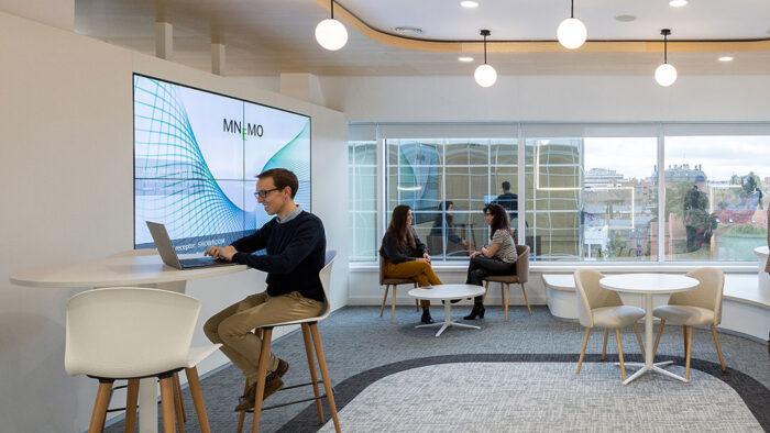 Las oficinas de Mnemo en Madrid by 3g office